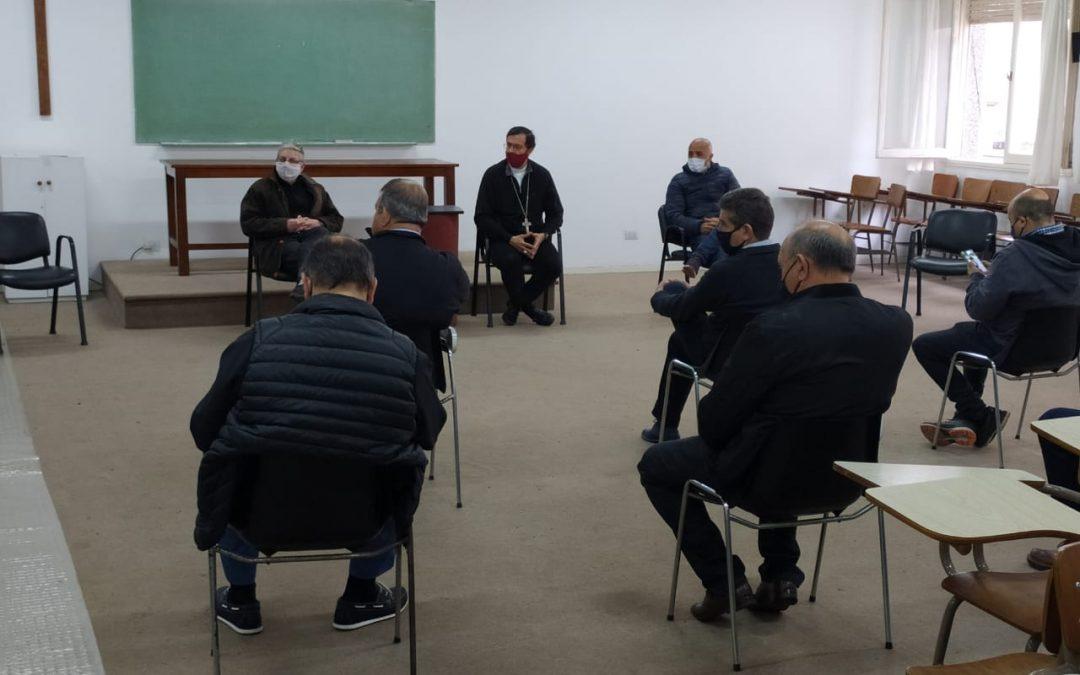 SECTORES DEL TRABAJO SE REUNIERON CON EL OBISPO PARA ANALIZAR LA SITUACIÓN LABORAL